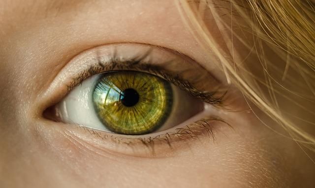 milia under eyes